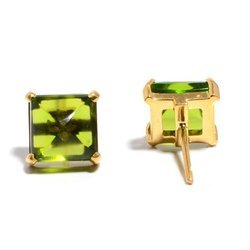 Peridot Hydro Quartz Pyrmaid Style Beautiful Earstud Womens Gold Plated Jewelry