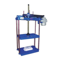 Power Operated 4 Pillar Hydraulic Press Machine