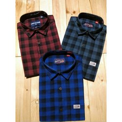 Collar Neck Formal Wear Full Sleeve Checked Cotton Shirt
