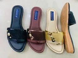 Ladies Wedge Casual Slipper, Size: 7-8