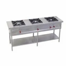 Stainless Steel 3 Burner Commercial Gas Stove, For Hotel