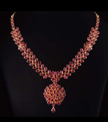 Jewel Ora Gold Necklace