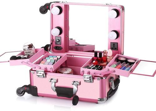 Professional Makeup Box At Rs 8000