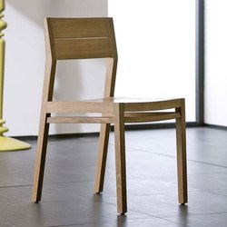 Wooden Brown Solid Wood Chair