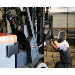 Forklift Repairing Service