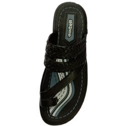 Swadeshi Womens Kolhapuri Chappal, Packaging Type: Box