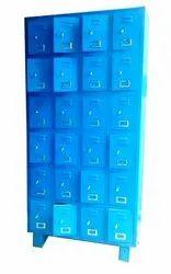 INDUSTRIAL LOCKER 24 DOORS