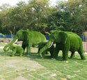 Fiber Elephant Statues With Artificial Grass