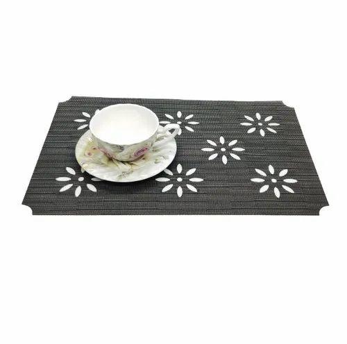 Green Pvc Designer Table Mats Size 18