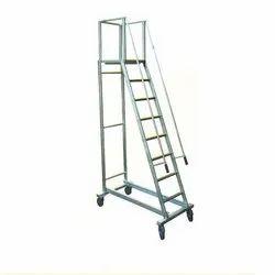 MNO-101 Aluminum Trolley Ladder