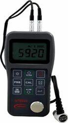 Digital Ultrasonic Thinkness Gauge UTG222