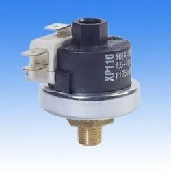 Differential Mater Pressure Switches XP 110