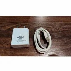 1 Meter White 2.4 A Single Port Mobile Charger