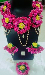Artificial Pink Flower Jewellery For Baby Shower