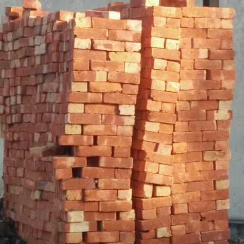 2 Number qulatiy Red Brick, Size: 9-4-3.5