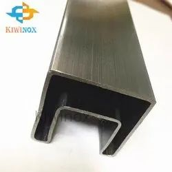 60x40 SS Slotted Pipe