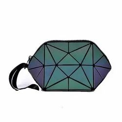 Geometric Design Cosmetic Pouch Travel Kit For Ladies Women