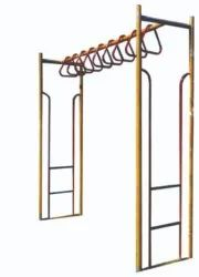 LP 513 Monkey Bar Climber