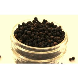 Dry Grade B Black Pepper