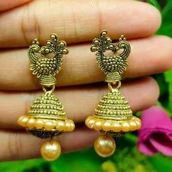Copper And Brass Golden Ladies Party Wear Earring