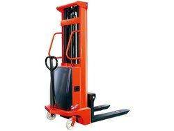 Battery Operated Hydraulic Stackers