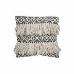 Woolen Cushion Cover, Size: 18x18 Inch
