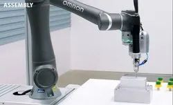 Omron TM5M-700 kg Collaborative Robot for Assembly