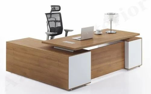 Wooden Director Table, Warranty: More Than 5 Year