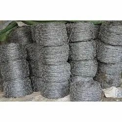 Bundle Silver Galvanized Iron Barbed Wire, For Fencing, Size: 14x14