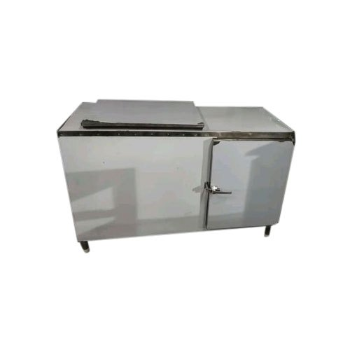 Stainless Steel 2 Star Double Door Undercouter Commercial Refrigerator, Electricity