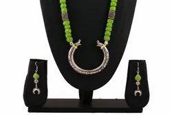 OXJ011 Oxidized Green Thread Necklace