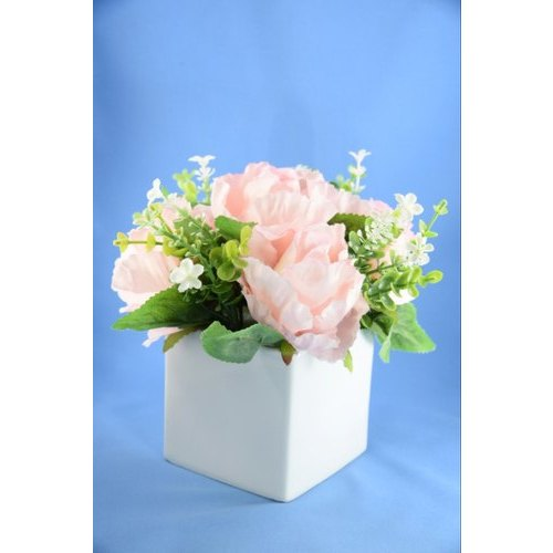 Square Rose With Ceramic Pot, Size: 15 Cm