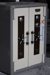 950 Kg Double Door Safe