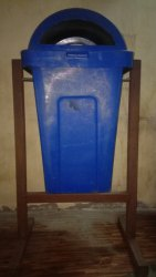 Waste Container & Dustbin with Stand