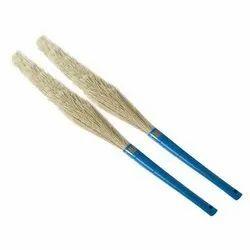 Brooms & Dusters