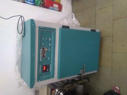 250 Stainless Steel Laboratory Drying Oven, Capacity: 100-500 Kg, Shape: Square