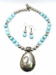 BJ003 Handmade Glass Beads Necklace