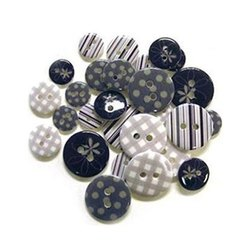 Round Polyester Printed Buttons, Packaging Type: Packet, for Garments
