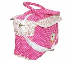 Oscar Multicolor Diaper bag, Packaging Type: Single pc., 0-4 years