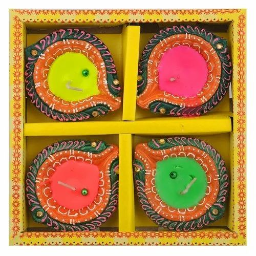 4 Earthern Diya Set DD301