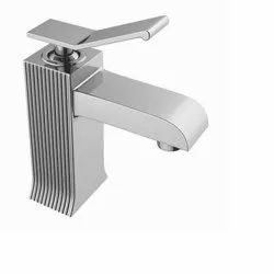DCI Brass Single Lever Basin Mixer With 450 mm Braided Houses (Table Mounted)