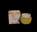 Herbal Aloe Vera Gel With Chamomile Oil