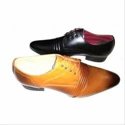 83d8e1a2243d55 Male Black & Tan Lace Up Derby Shoes, Size: 6 - 10, Packaging Type ...