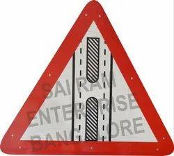 ACP Sheet Round Cautionary Retro Reflective Road Signs