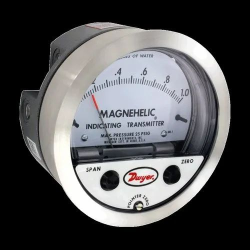 Dwyer Magnehelic Differential Pressure Indicating Transmitter 0-30 Gauge 605-30