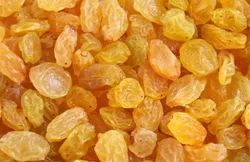 BTL Loose Golden Raisin, Packaging Type: Plastic Box, Packaging Size: Bag