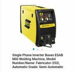 Esab fabricator 252i Welding machine