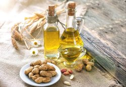 Peanut Carrier Oil (Cold Pressed)