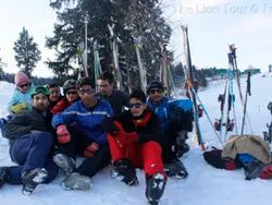 Snow Skiing Renting Service