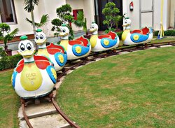 SNS904 Mini Duck Shape Electric Train